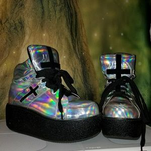 UNIF Holographic Cross Trainers Platforms Size 8